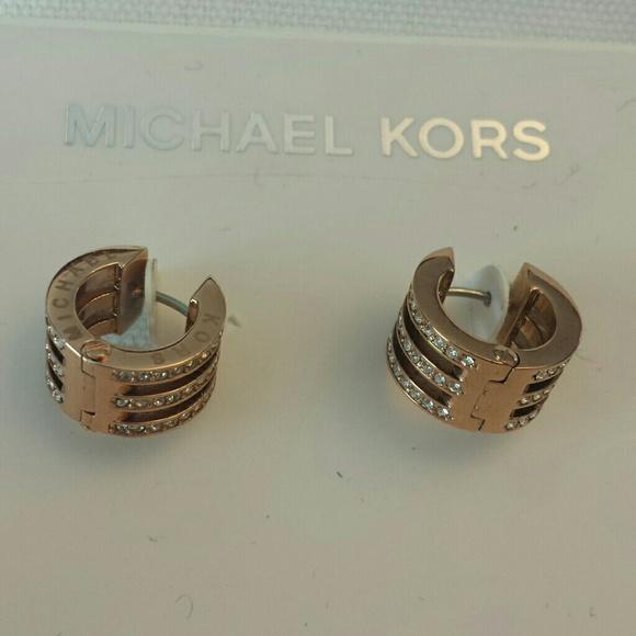 b0a66ed1bbd5ff Michael Kors Jewelry | Nwt Motif Bar Huggie Hoop Earrings | Poshmark